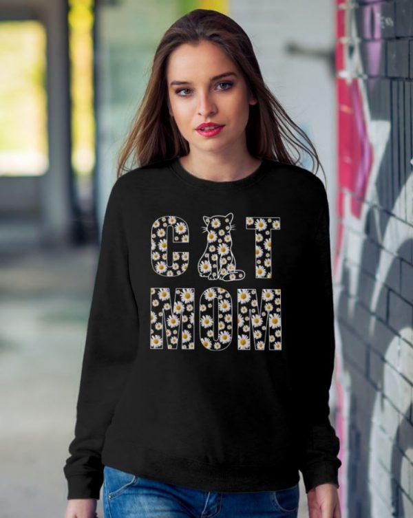Daisy Flowers Cat Mom sweatshirt