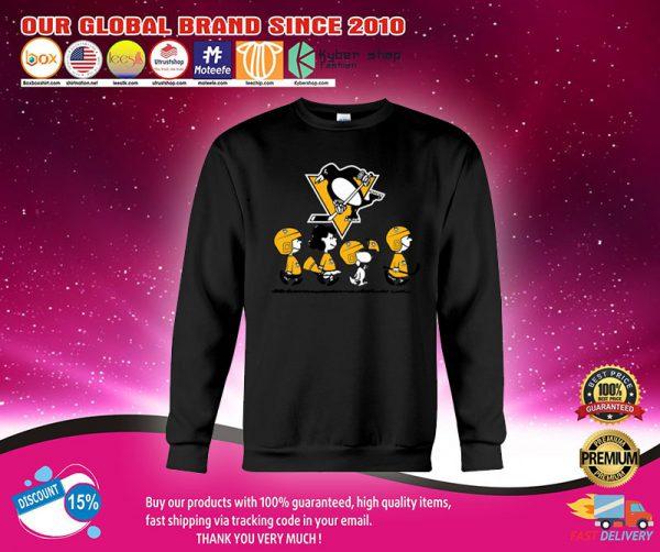 Boston Bruins snoopy Charlie Brown shirt.