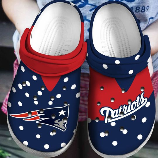 New England Patriots croc shoes |New England Patriots Crib Shoes