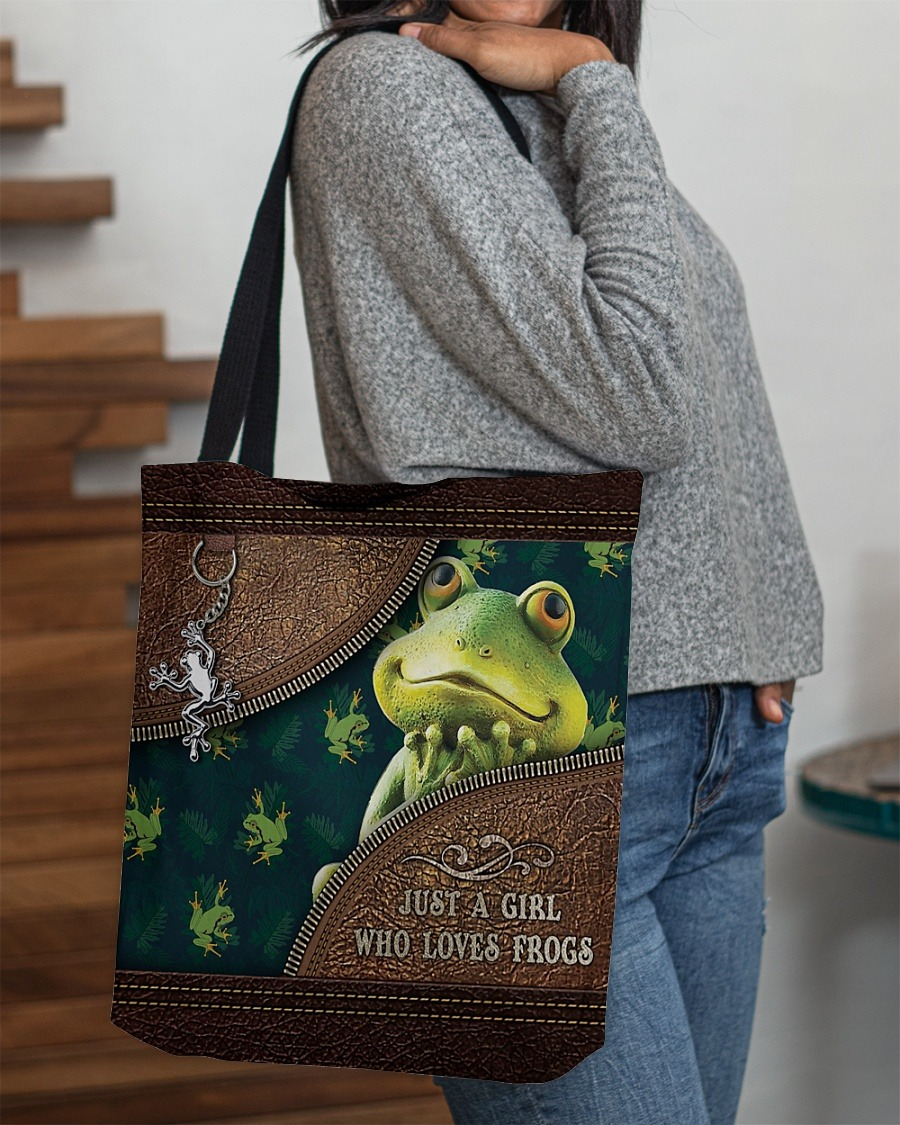 Just a girl who loves frogs tote bag3