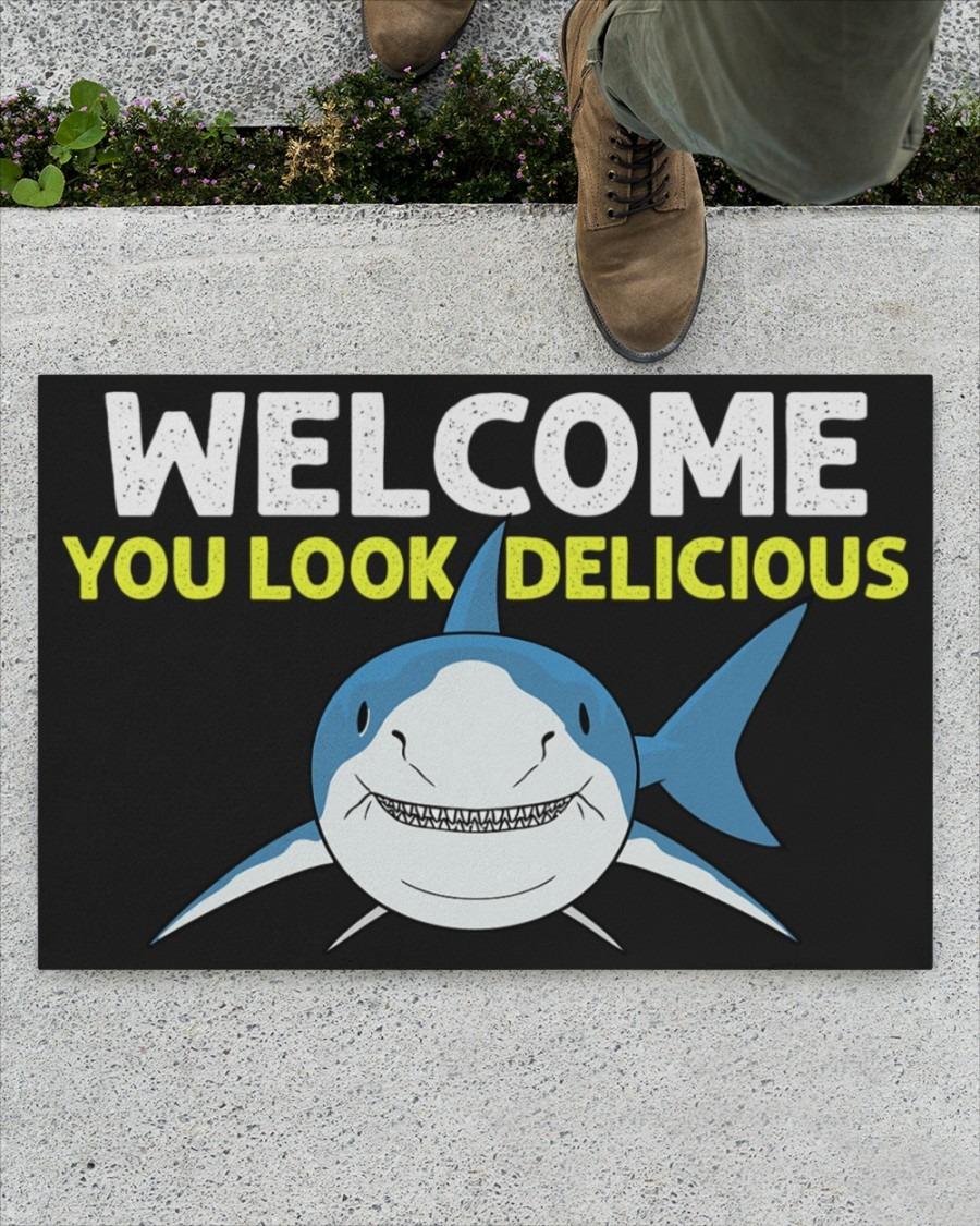 Shark welcome you look delicious doormat4