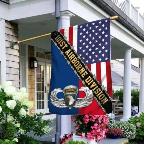 101st Airborne dividion American flag