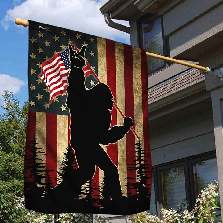 American Flag Bigfoot Rock On American Flag 1