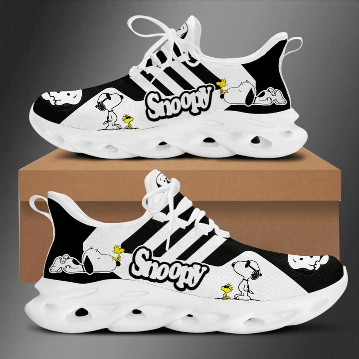 Snoopy clunky max soul shoes 1