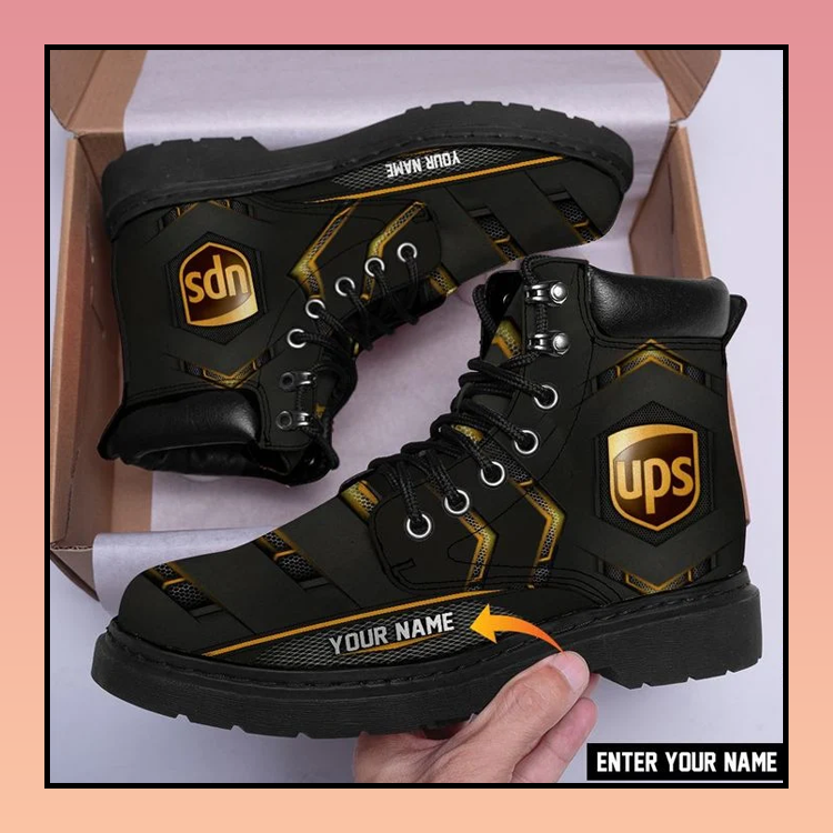 32 UPS Classic Boots Customized Name 2