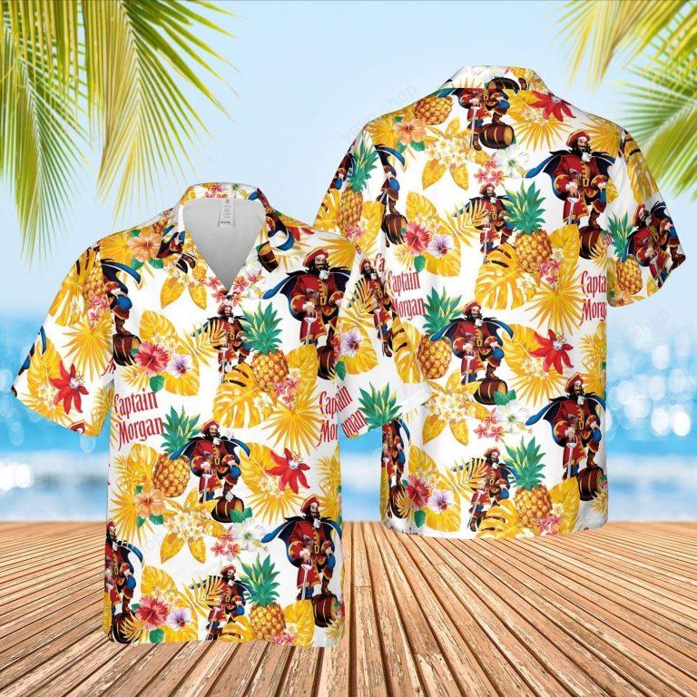 Captain Morgan pineapple Hawaiian shirt short 2