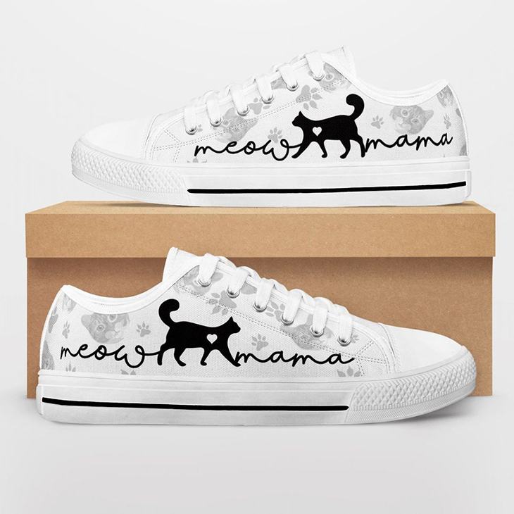 Cat Lovers Low Top Shoes
