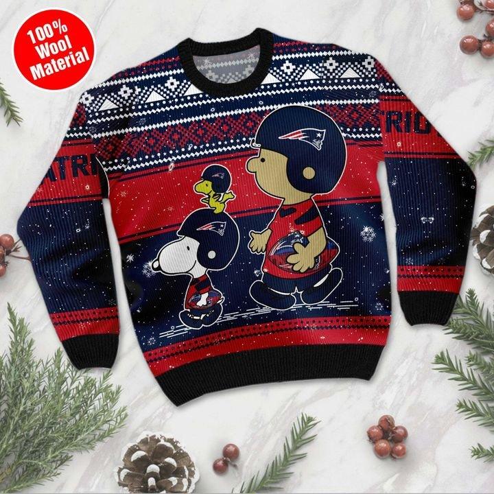 New England Patriots Baby Yoda Ugly Christmas Sweater 2