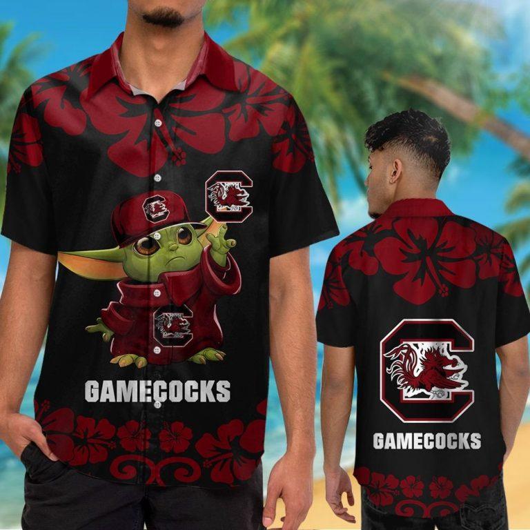 32 South Carolina Gamecocks And Baby Yoda Hawaiian Shirt Short 1