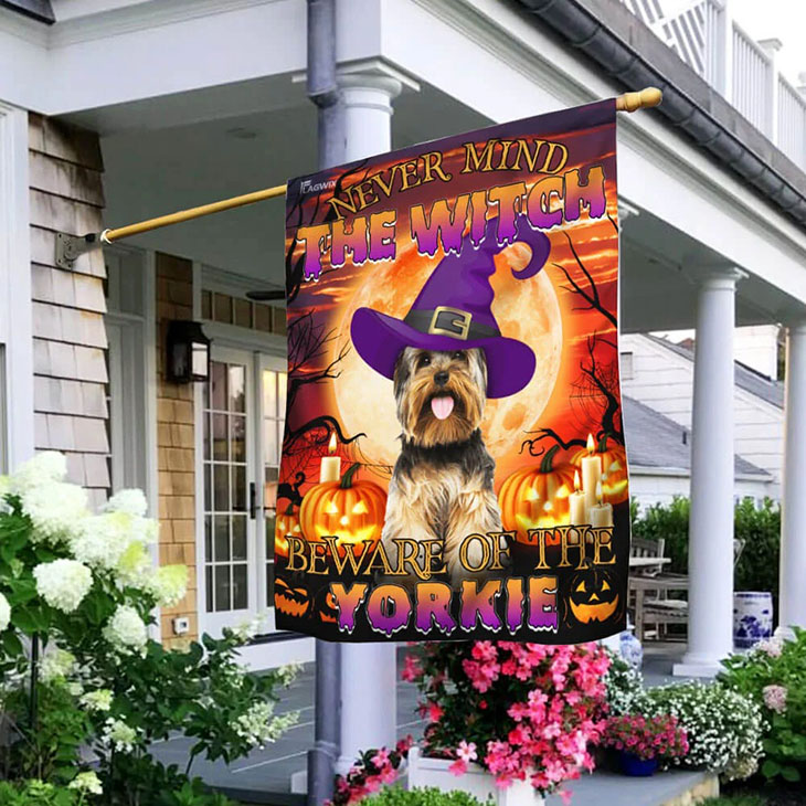 Yorkshire Terrier pumpkin never mind the witch beware of the yorkie flag1